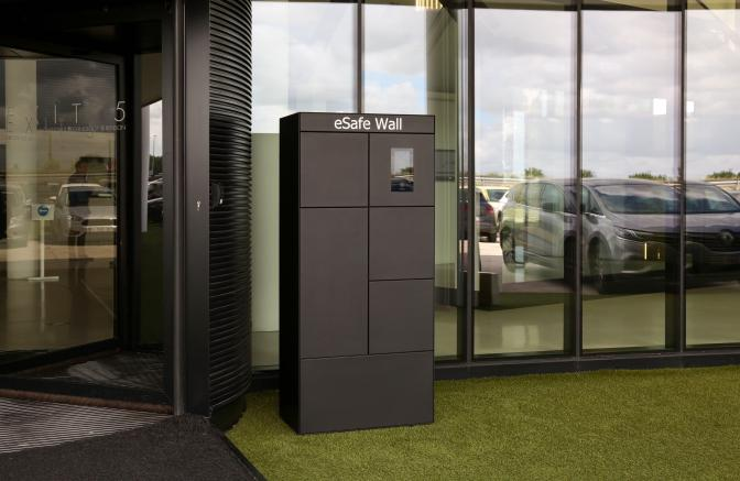 eSafe Wall parcel box company Renson HQ